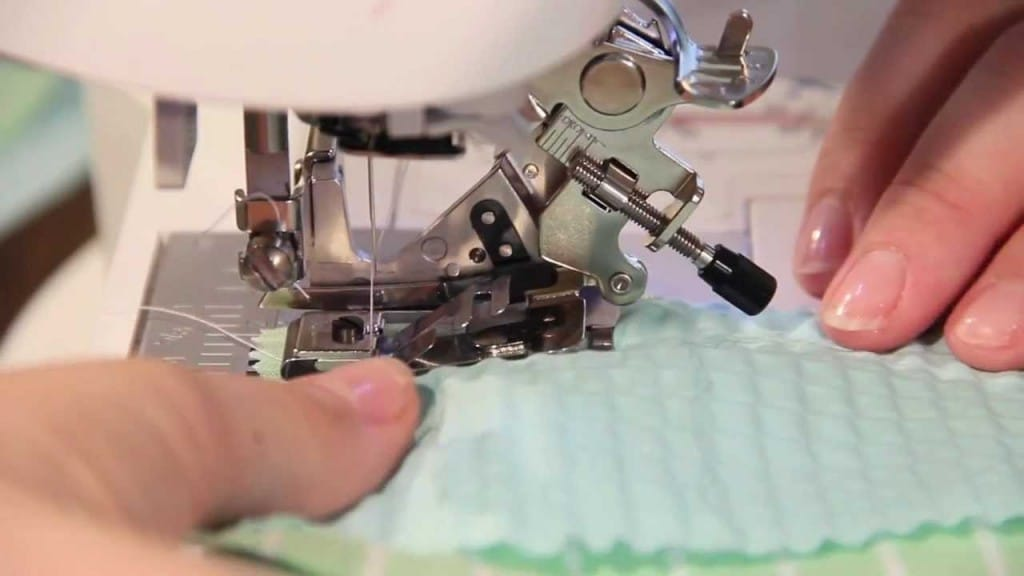 interesting-and-functional-accessories-for-your-sewing-machines-2